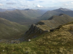The return ridge in the foreground, Gleouraich beyond and the South Shiel Ridge to the left.